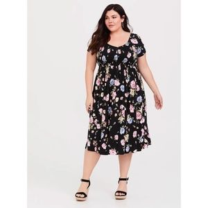 Torrid BLACK FLORAL CHALLIS MIDI DRESS w/ POCKETS
